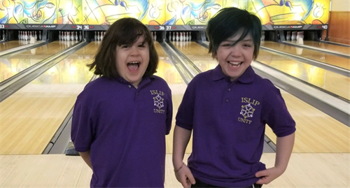 Mom, New York club create bowling league for students with disabilities