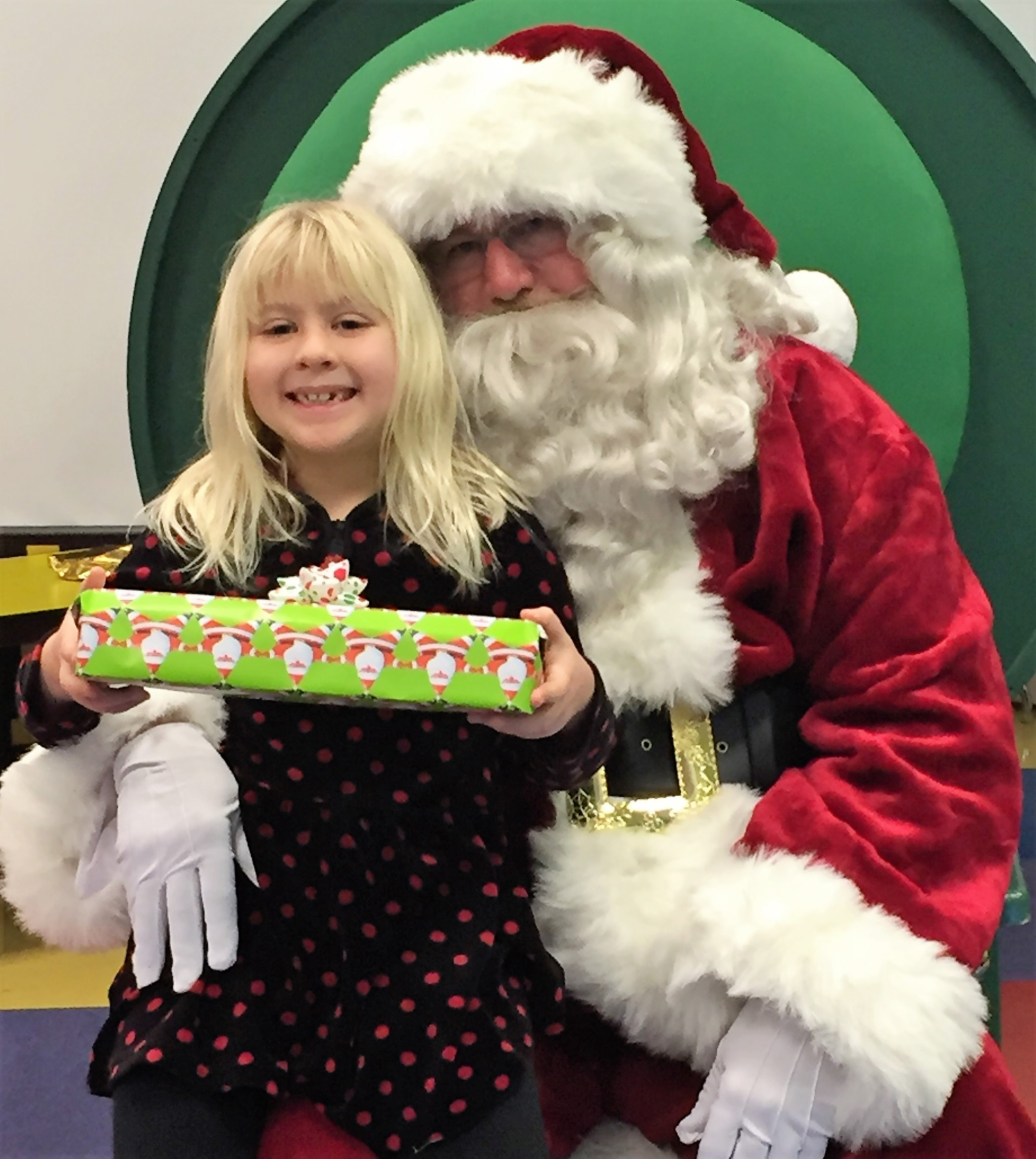 Santa and Kiwanis give kids a Christmas to remember